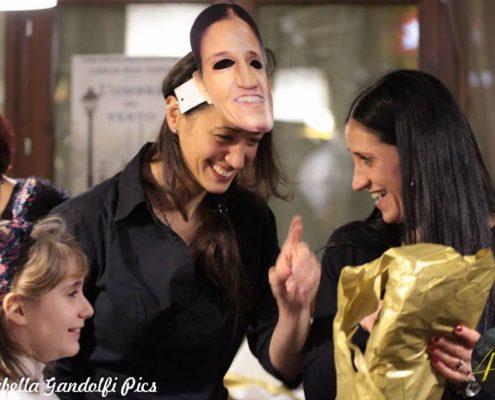 Organizzazione Evento Katia 40 - Amica con maschera personalizzata